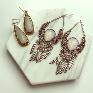 Francesca's 2 piece Crystal Studded Earring Set